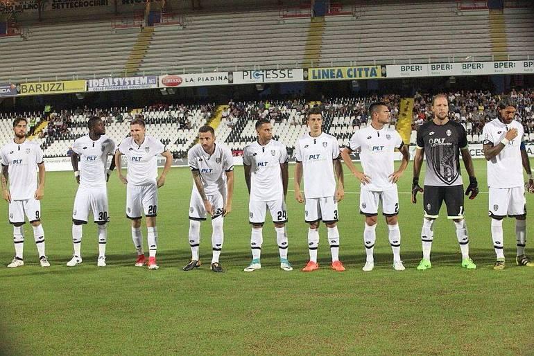 Pescara, Sebastiani convoca la squadra per una strigliata: assente Zeman