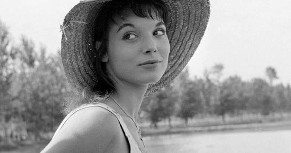 Un tuffo negli anni  50 con la mostra fotografica dedicata alle attrici del cinema  italiano dell epoca   Cesena   Home - Corriere Cesenate 484f2947b69