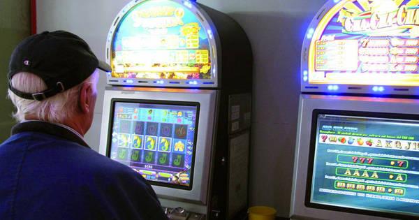 Distanza slot machine dalle scuole