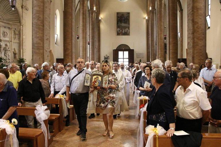 Anniversario Matrimonio Omelia.Anniversari Di Matrimonio In Cattedrale Galleria Fotografica E