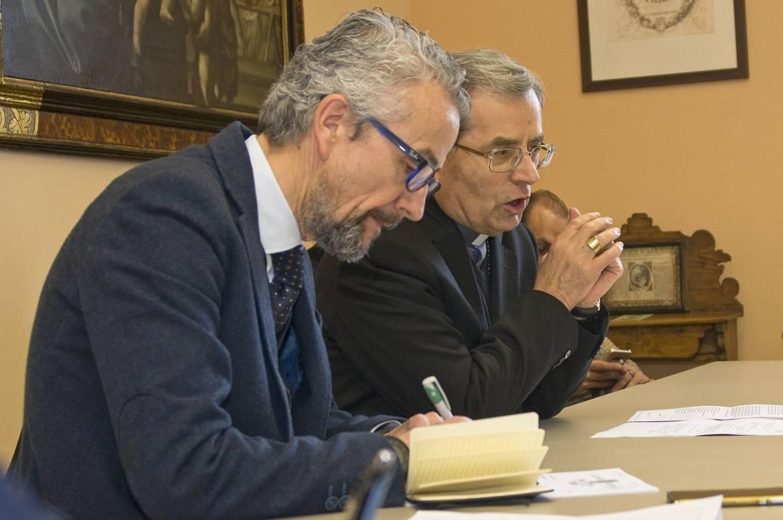 Il vescovo douglas e i giornalisti nella festa del patrono condivido con voi la bella missione - Casa di cura san maurizio canavese ...