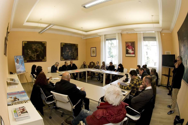 Il vescovo douglas e i giornalisti nella festa del patrono - Casa di cura san maurizio canavese ...
