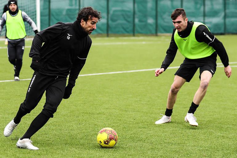 Davide Di Gennaro è un nuovo calciatore del Cesena / Sport ...