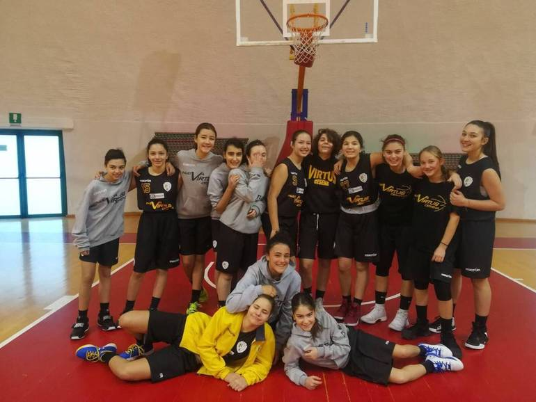 "Virtus Basket under 14 seconda classificata all'11° torneo ""Presepe della marineria"""